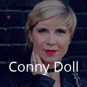 Blogger Conny Doll 1
